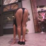 【お尻キャプ画像】テレビでハミ尻しまくりの美女達がエロすぎるw