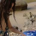 【ハプニングエロ画像】水着から色んなものがはみ出しちゃってる女の子達w