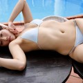 【甲斐まり恵グラビア画像】色気が滲み出ているセクシーな三十路女優のエロ画像
