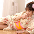 【和服エロ画像】浴衣や着物を着崩しながらチンポを咥え込んでハメまくる着衣セックス画像