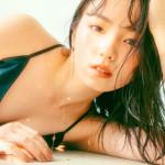 【今泉佑唯エロ画像】アイドルグループ欅坂46で一期生を務めた美少女の健康的なグラビア画像