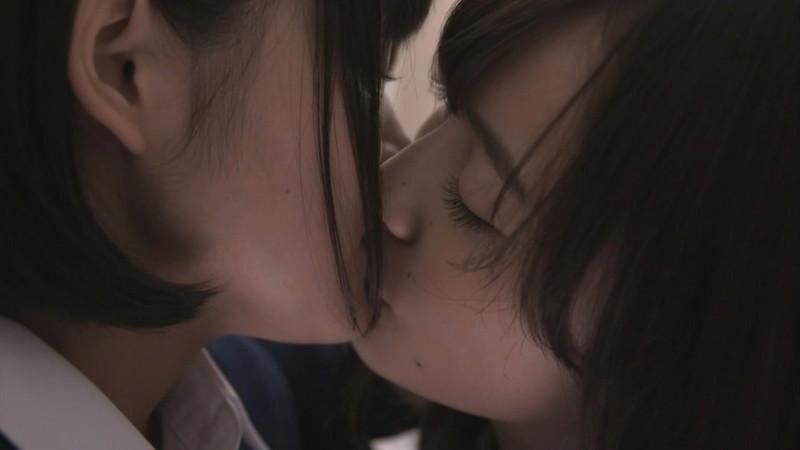 【吉本実憂濡れ場画像】国民的美少女コンテスト女優のキスとセックスシーン