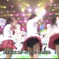 【AKBパンチラ画像】集団で生足やパンチラを見せながら踊るスケベなアイドル集団!